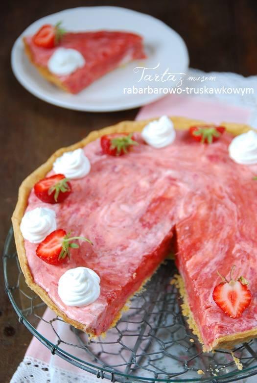 Tarta z musem rabarbarowo-truskawkowym4