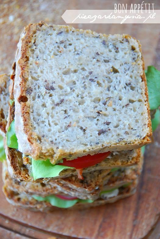 Chleb pszenno - zytni na zakwasie z ziarnami5